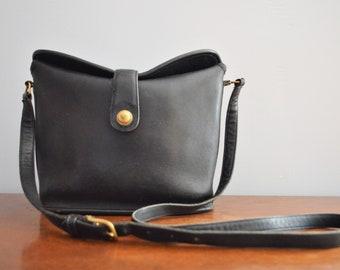 b11223389d Vintage Coach Black Leather Binocular Bag   Leather Crossbody Shoulder Purse    Pushlock Snap Adjustable Strap Cowhide Leather