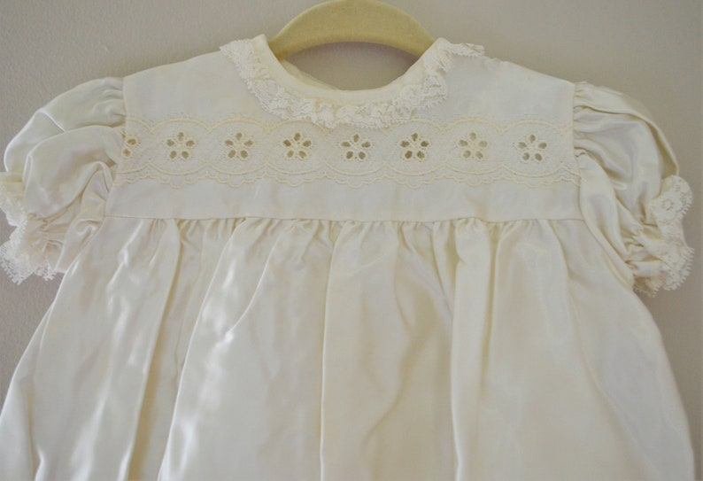 78bfb3228 Vintage Baby Off-white Dress and Robe / Christening Dress with | Etsy