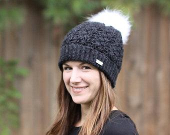 06300af1b6c Womens pom pom hat