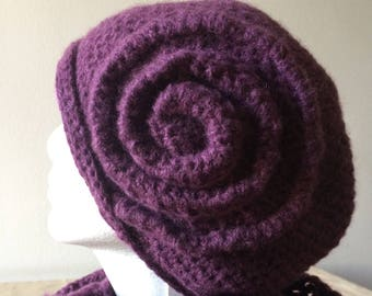 Coordinated spiral hat with lizard scarf
