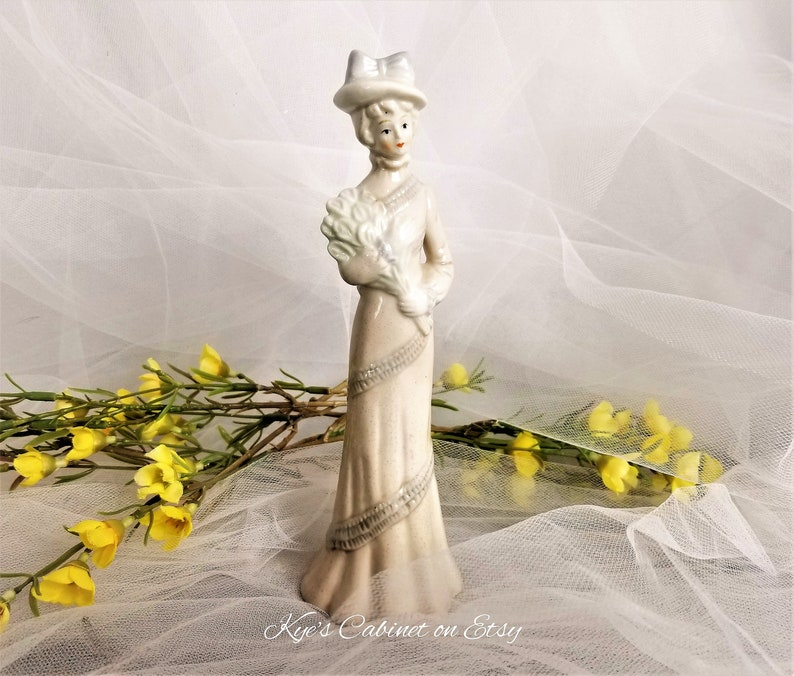 Six Fashionable Lady Porcelain Figurines Decorative Figurine Collection Set of Six Beautiful Women Ceramic Figurines