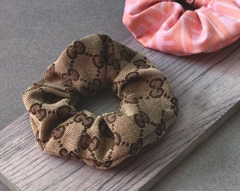 GUCCI Fabric Scrunchie ⋆ Authentic Fabric Brown Beige Classic Logo Womens Designer Hair Accessories Spring Fashion 2018 GUCCI Scrunchie