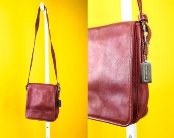 Vintage COACH Crossbody Saddle Bag ⋆ Red Leather Silver Hardware ⋆ Excellent Condition ⋆ Shoulder Satchel Bag Designer Luxury Brand Handbag