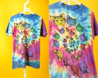 ACID KITTIES Tee M Multicolor Tie-Dye Cat Graphic Print Kaleidoscope Lsd Psychedelic Streetwear Hippie Fashion Urban 60s 70s 90s Weird