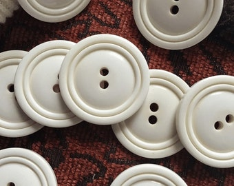 NEW LOT OF 50 PEARL WHITE COLOR 3//8 INCH 2 HOLE BUTTONS