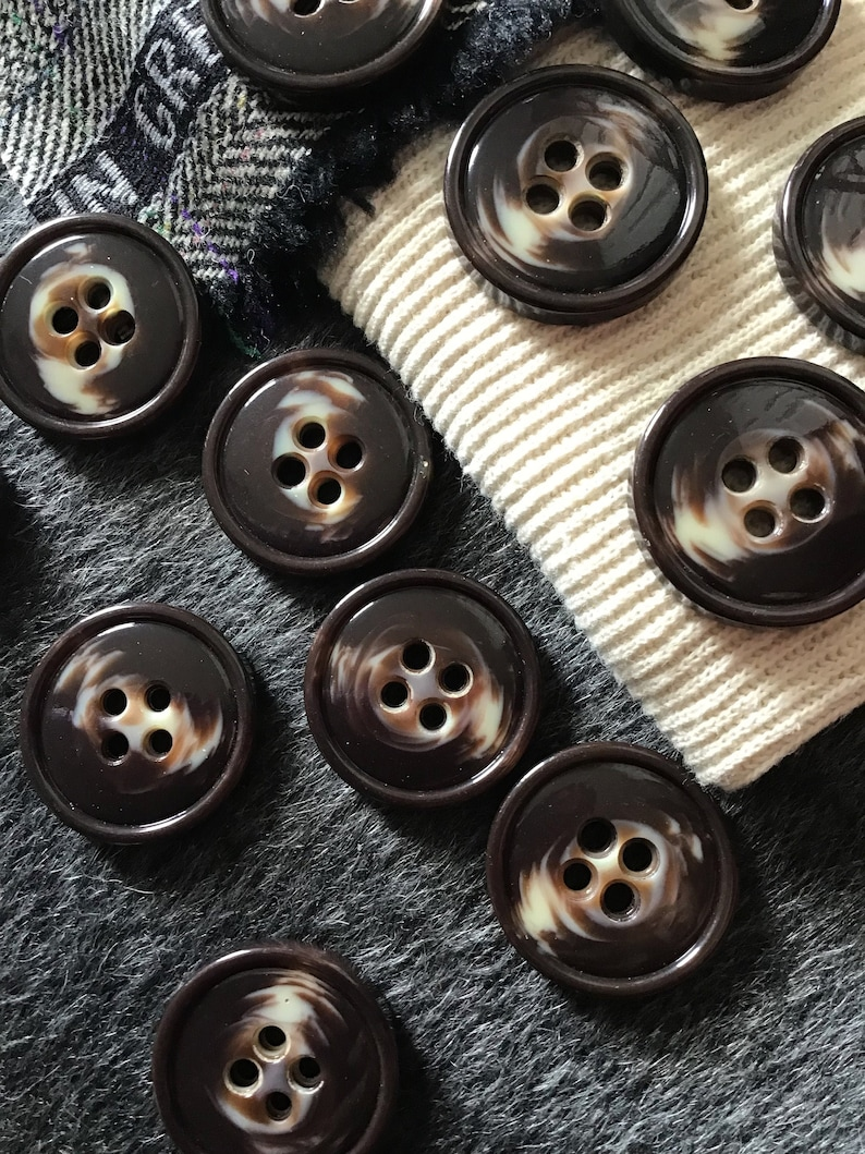 ITALIAN Chocolate Brown Cream VINTAGE Buttons Premium Quality Coat & Jacket  Buttons 1-1/4