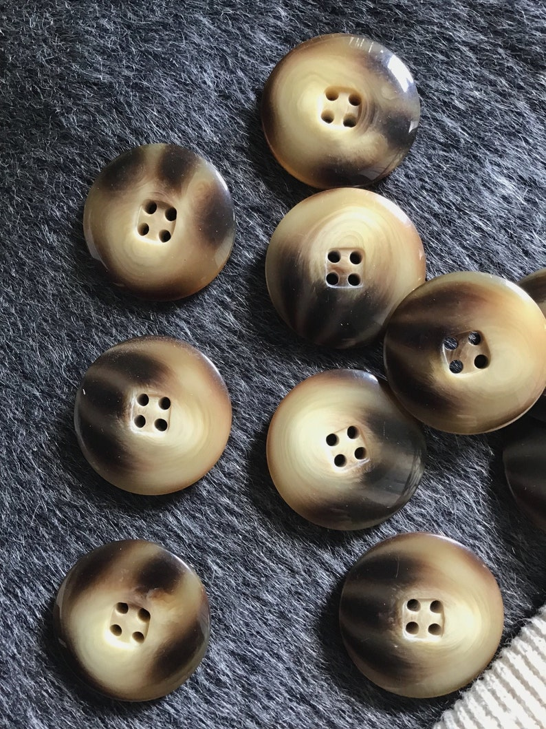 ITALIAN Designer Toffee Brown Buttons VINTAGE 4 Hole Buttons for Clothing  1-1/4