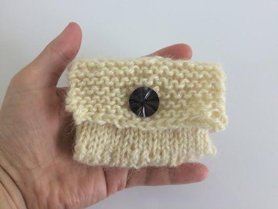 Titulaire de la carte de crédit éco-responsable, bio laine non teinte, à la main enveloppe de carte cadeau tricot, porte cartes d'affaires, sac cadeau tricot, respectueux de l'environnement