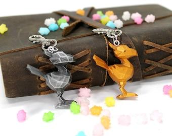Final Fantasy XV Chocobo Pendant FFXV Final Fantasy 15 Chocobo Feather Necklace / Key chain