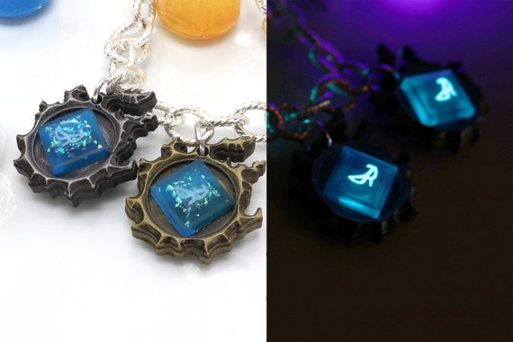 FFXIV Blue Mage Bracelet Charm Glow in the Dark Soul Crystal / BLU Job  Stone FF14 Final Fantasy 14