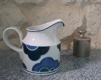 Creamer, milk, Villeroy and Boch - model BLUE CLOUD - milk pitcher size 2 - ware vintage vitro porcelain 1970 made in Germany