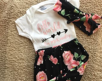 """Newborn """"Hello World"""" personalized coming home outfit set"""