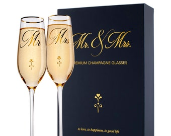 Set of 2, Wedding Champagne Flutes w Box, Mr & Mrs Gold Letter Champagne Glasses, Wedding Toasting Flutes, Wedding Favors, Gift for Couples