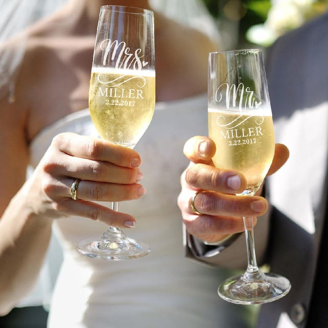 Set Of 2 Mr Mrs Wedding Champagne Flutes Personalized Champagne