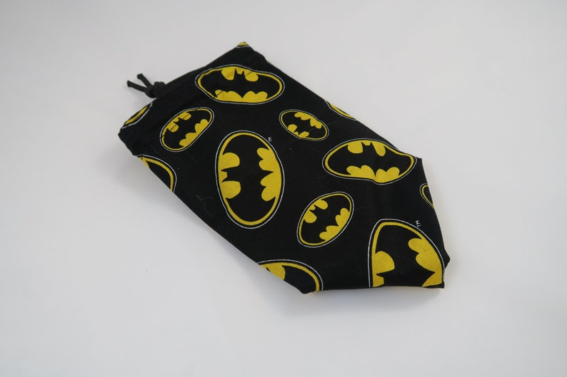 D/&D Gift for Gamers DC Comics Token Storage Bag for Dice Bag of Holding Bat Signal Tile Pouch Batman Dice Bag Drawstring Cotton