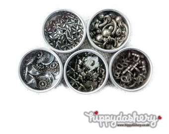 Buttons 4 Pots of Silver Coloured Stunning Sewing Circular Floral Print Metal Buttons.