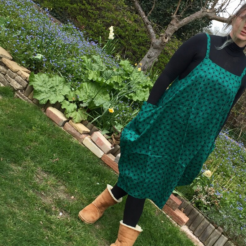 Georgina  Balloon Hem Dress  Cool Comfortable One Size  Green