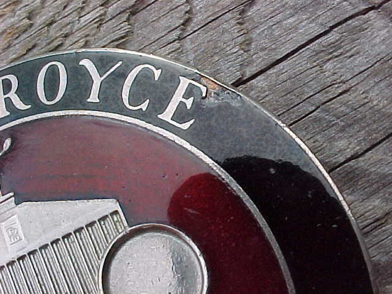 Vintage 1970s ROLLS ROYCE OWNERS Club License Plate Topper Enamel Excellent Condition Very Nice Maybe Never Used Retro DeLuxe Car Swag