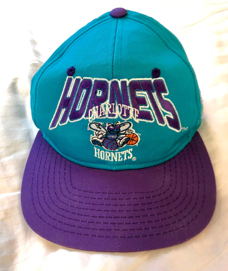 4376c533b74b3 Vtg Charlotte Hornets Starter NBA Snapback Hat Excellent