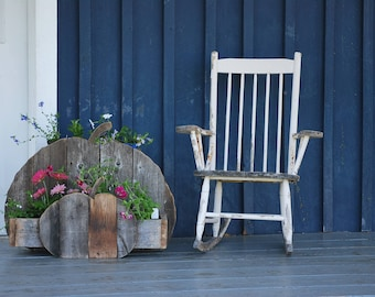 Wood barn/wood reclaimed /galerie patio/garden planter