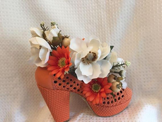 Zapato De Tacón De Seda Arreglos Florales Naranja Tejido Abierto