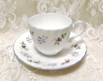 TLC Italy Sister Teacup and Saucer Sweet Peas Tea Set Fine Porcelain Italian Demitasse Cup and Saucer With Gold /'Sister/' Monogram