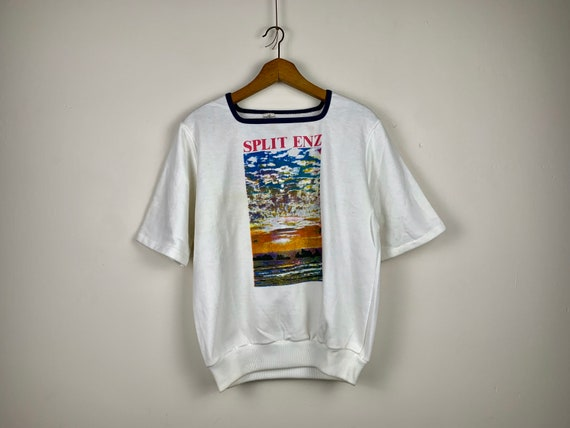 Short Sleeve Split Enz Sweatshirt