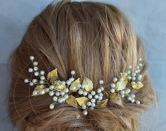 Fall hair accessories Gypsophila comb Gold leaf headpiece Pearl Bride hair piece Fall bridal hair Autumn wedding Beauty beast hair piece