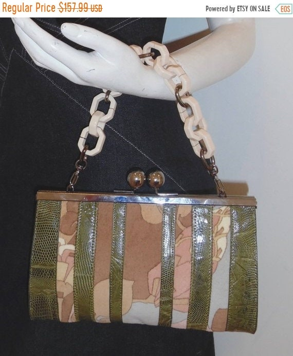 65c67b1f9a8dc BABYITSCOLDOUTSIDE27%OFF SPECTACULAR vintage Leonard Paris genuine lizard  skin and velvet floral handbag purse acrylic chain link clutch
