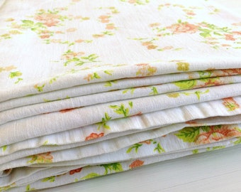 Vintage Floral Bedsheet: Single Flat Sheet / Vintage Bedding / Cottage  Style Homes
