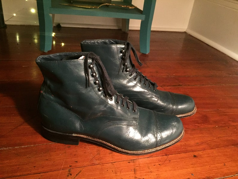 ceb3d0ac519 Vintage Stacy Adams boots
