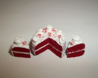 1:12 One Inch Scale Dollhouse Miniature Christmas Red Velvet Dessert Cake Doll Food 1427
