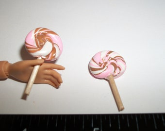 Dollhouse Miniature Handcrafted Candy Lollipops ~ Food for the Doll House ~ reference Barbie hand for size 973