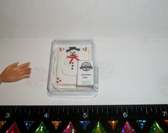 New Dollhouse Miniature Handcrafted Packaged Christmas Holiday Dessert Cake ~ Food for Dolls