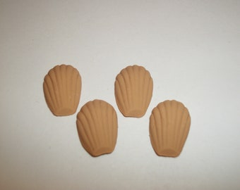 Dollhouse Miniature Madeleine Cookies / Food for the Doll House ~ reference Barbie hand for size 710