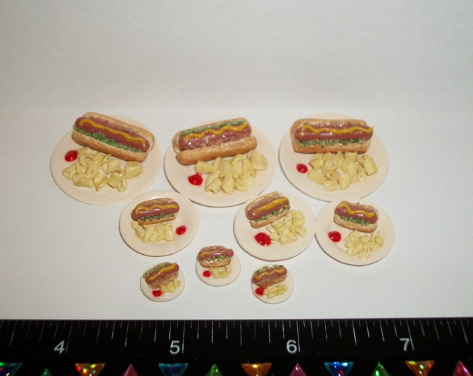 Featured listing image: 1/6, 1/12 & 1/24 Dollhouse Miniature Handcrafted Hot Dog with Chips on a plate ~ Doll House Food