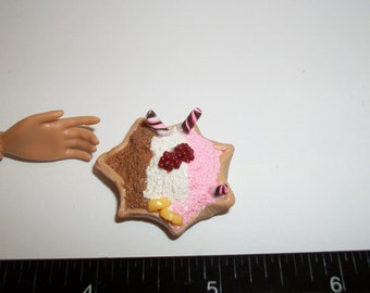 Dollhouse Miniature Large Vanilla Chocolate Strawberry Ice Cream Waffle Bowl Dessert Doll Food ~reference Barbie hand for size 1482
