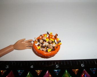 Dollhouse Miniature Handcrafted Autumn / Fall Candy Pumpkin Dessert Dish ~ see Barbie hand for reference to size 701