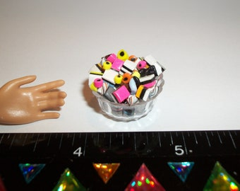 Dollhouse Miniature Handcrafted Licorice Hard Candy Sweet Bowl Dessert Food Fashion Size Doll - reference Barbie hand for size 969