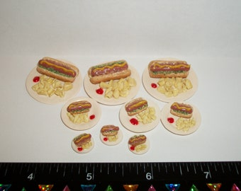 1/6, 1/12 & 1/24 Dollhouse Miniature Handcrafted Hot Dog with Chips on a plate ~ Doll House Food