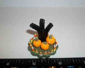 New Dollhouse Miniature Handcrafted Autumn / Fall Pumpkin Scene