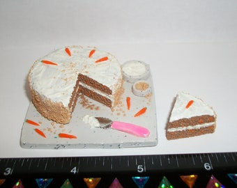 1:6 Play Scale Dollhouse Miniature Handcrafted Easter Carrot Cake Dessert Prep Board & Slice - food for the dollhouse