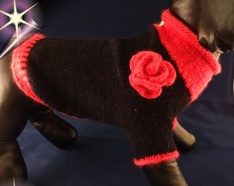 "Hundepullover ""Kimba"", Größe XS, schwarz/pink, mit gehäkelter Rosen-Applikation"