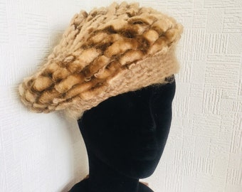 Vintage hat retro brown mohair hat vintage beret 60 s gift for her wool hat daily  hat Hand made in Italy winter mohair St Michael  cc739005f7fa