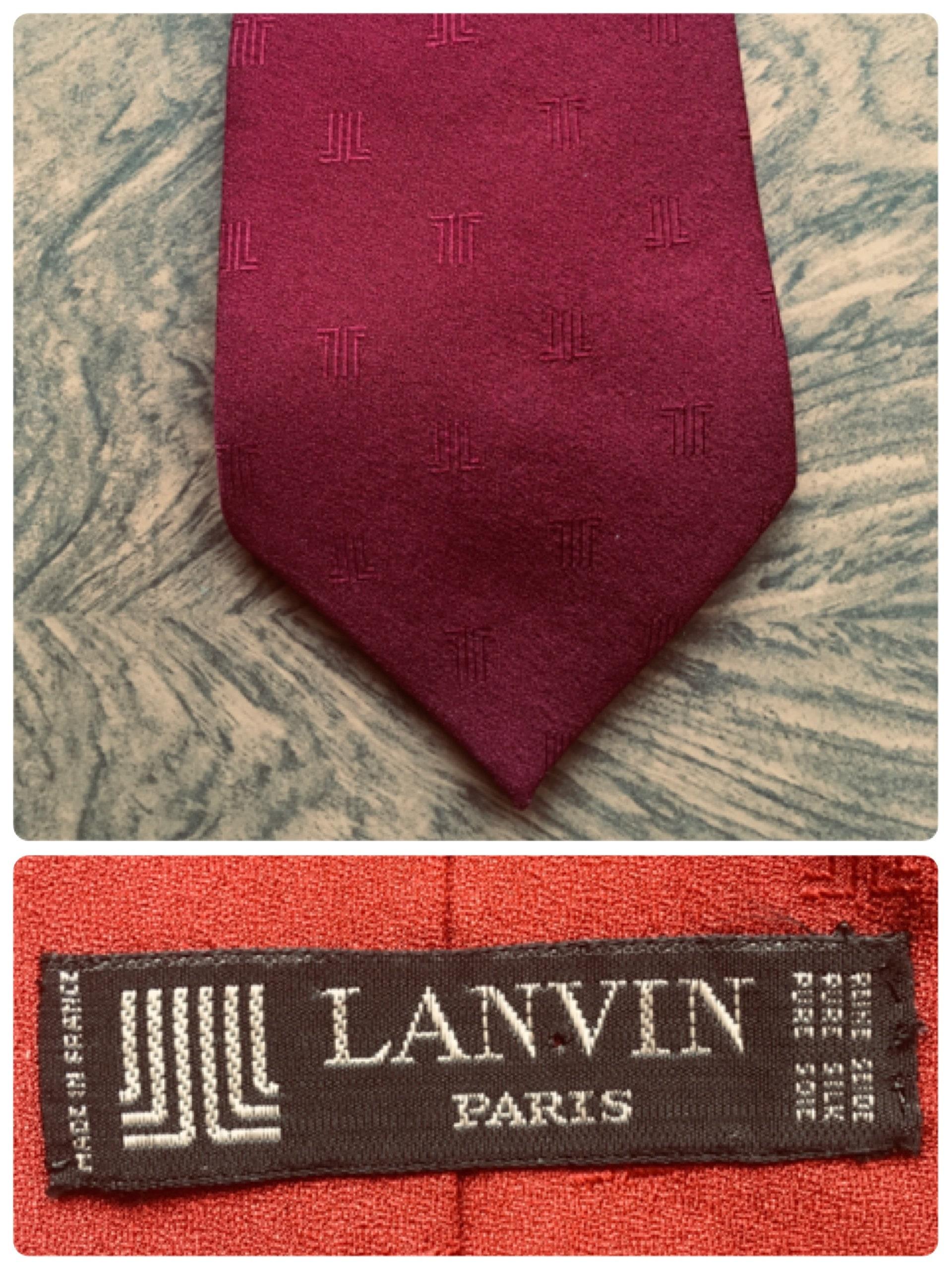 AUTHENTIC  LANVIN OF PARIS 100 /% SILK POCKET HANDKERCHIEF  Black trim