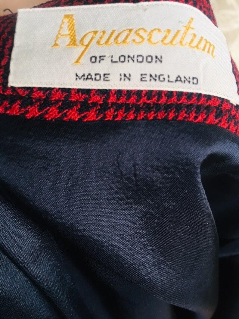 Aquascutum plaid skirtvintage pleated skirtHounds toothBurgundy and black90\u2019sLadies skirtUK 8Size Sautumn fashionMade in England