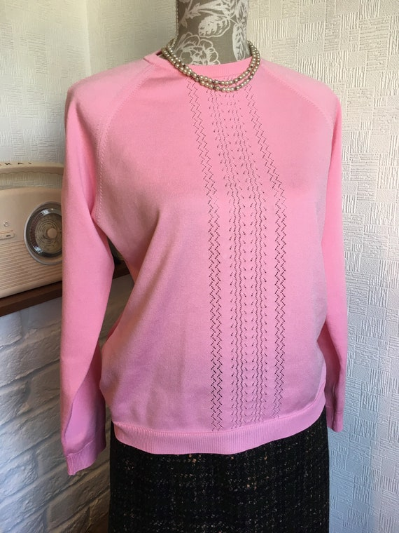 70s Polyester top/pink knitted top/crew neck pullo