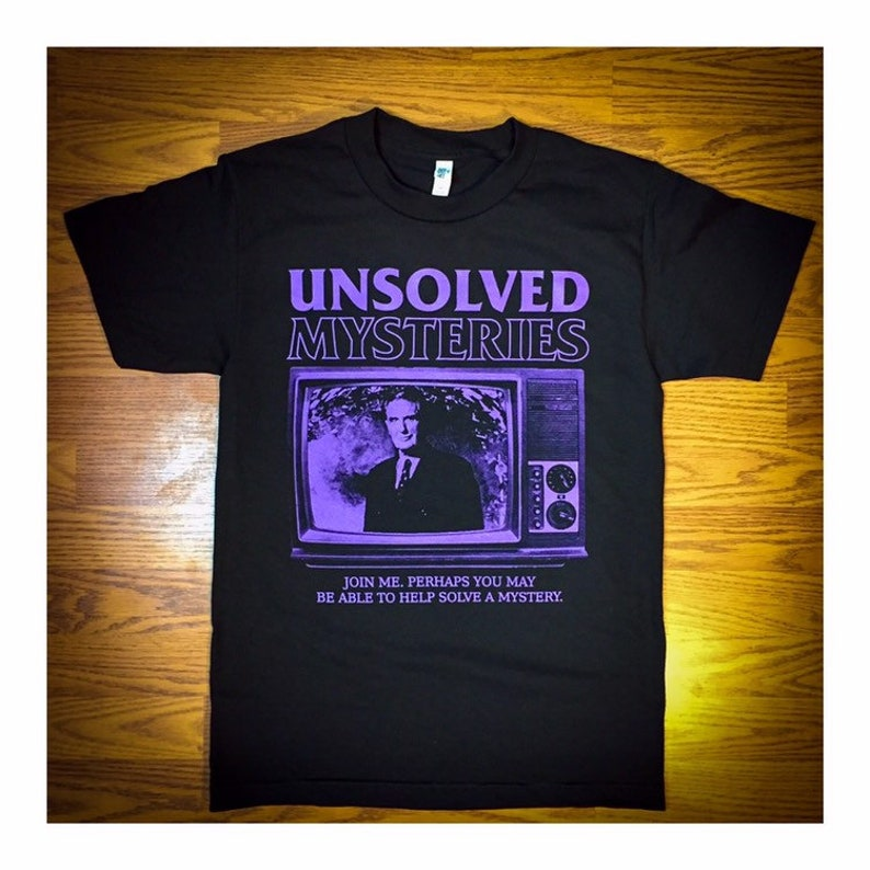 Unsolved Robert Stack  T-Shirt image 0