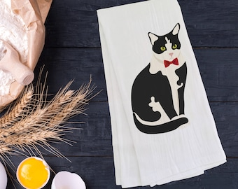 Personalized Tuxedo Cat Tea Towel (FREE SHIPPING), 100% Cotton flour sack towel, Cat Tea Towel, Tuxedo Cat Gift, Cat Dish Towel, Cat Gifts