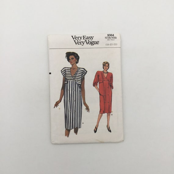Vogue 9304 (1985) Dress with Sleeve Variations - Size 18-22 Bust 40-44 - Vintage Uncut Sewing Pattern